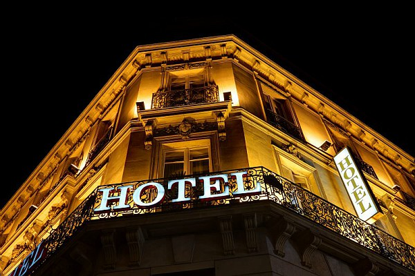 Article L145-38 du code de commerce en hôtellerie : la preuve de la variation d'au moins 10%